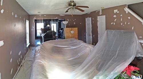 Before pic of summerville living room
